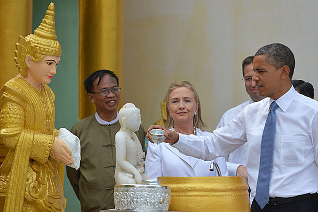 Obama visit Shwedagon Pagoda (13)