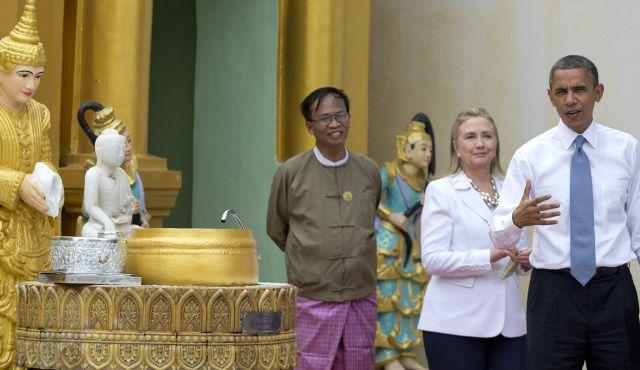 Obama visit Shwedagon Pagoda (6)