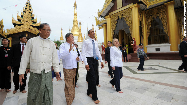 Obama visit Shwedagon Pagoda (7)