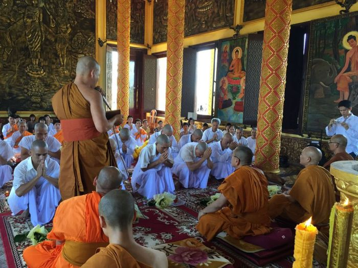 Le xuat gia gieo duyen chua Kleng Hanoi 14
