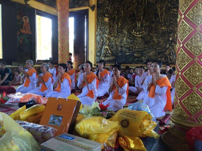 Le xuat gia gieo duyen chua Kleng Hanoi 18