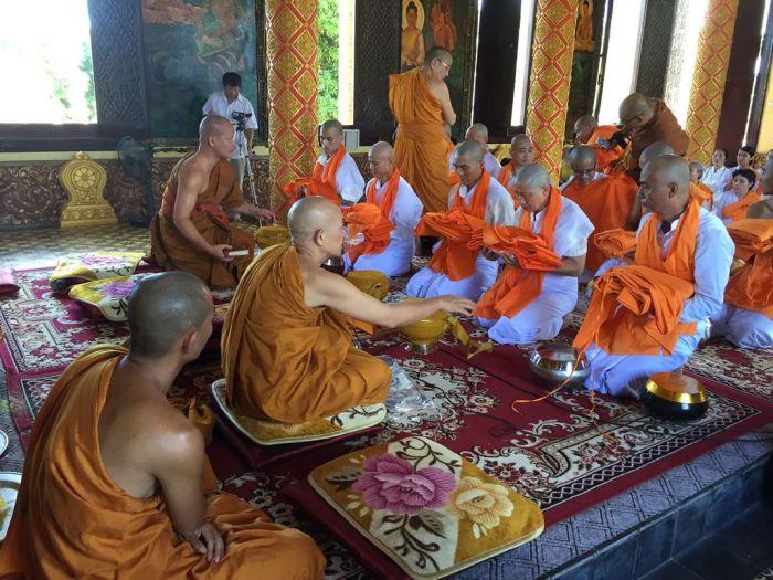 Le xuat gia gieo duyen chua Kleng Hanoi 25