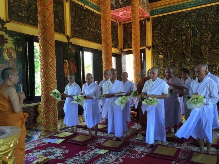 Le xuat gia gieo duyen chua Kleng Hanoi (1)3