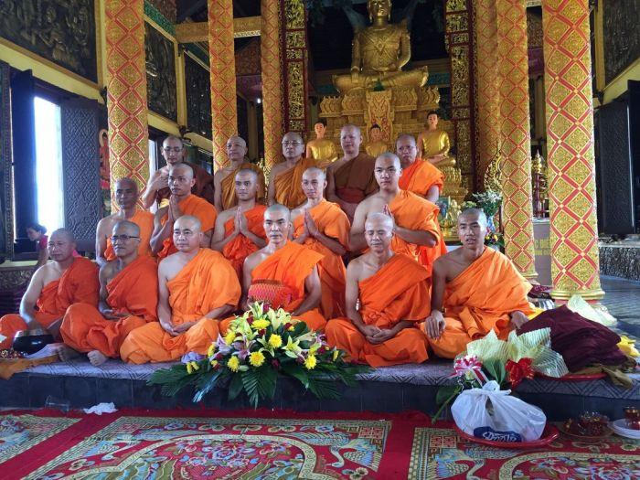 Le xuat gia gieo duyen chua Kleng Hanoi 34