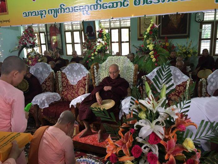 Kathina Myanmar (12)